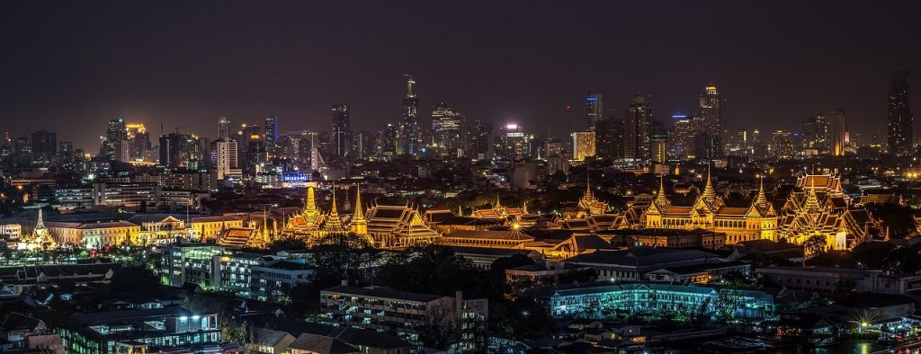 Palast in Bangkok bei Nacht